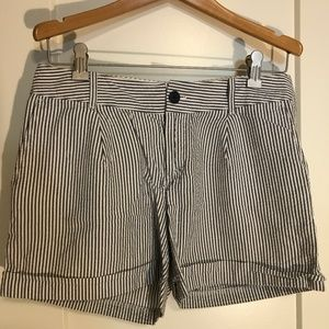 Banana Republic - seersucker shorts